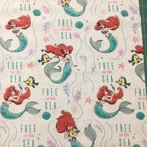 The little mermaid face mask with filter pocket